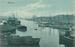 NO BERGEN / Le Port / - Noruega