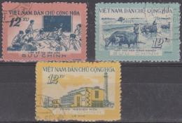 NORTH VIETNAM - 1960 Development. Scott 134-136. Used - Vietnam