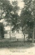 Cpa BRIVES SUR CHARENTE 17 Château Et Parc Dupuy D' Angeac - Frankrijk