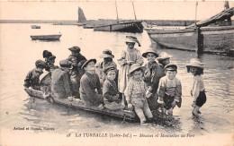 ¤¤   -    28   -   LA TURBALLE   -   Mousses Et Moussettes Au Port   -  ¤¤ - La Turballe