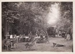 Photo 1918 NOGENT-L'ABBESSE (près Reims) - Une Section Sanitaire Américaine, Piano (Photo J. PATRAS) (A141, Ww1, Wk 1) - Non Classés