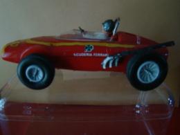 Stalro Car Voiture Circuit FERRARI  -   SCALETRIC - Jouets Anciens