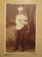 Royal Yugoslav Officer In Summer Uniform - Uniformes