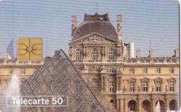 AFFAIRE à Ne Pas RATER  !!!  TC Privée 50 Unités PARIS Pyramide Du LOUVRE Cour NAPOLEON Utilisée LUXE - France