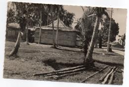 Gabon--PORT-GENTIL--Le Cercle Civil ,cpsm 14 X 9 éd Renault Michele....à Saisir.... - Gabon