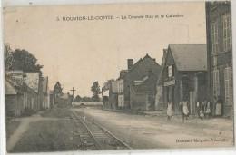 NOUVION LE COMTE LA GRANDE RUE ET LE CALVAIRE - France