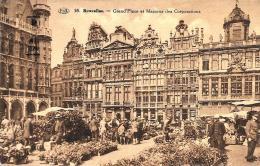 [DC2766] CPA - BELGIO - BRUXELLES - GRANDE PLACE ET MAISONS DES CORPORATIONS - Viaggiata - Old Postcard