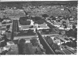 MONTPELLIER - Vue Panoramique Aérienne - L'aqueduc, Jardins Du Peyrou Et La Ville - Montpellier
