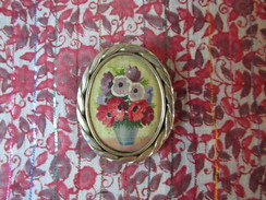 Belle Broche Originale Décor Fleurs En Bouquet Monture Métal Années 50 TBE - Broches
