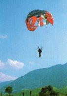 Lancio Della Squadra Di Paracadutismo Sportivo - - Paracadutismo