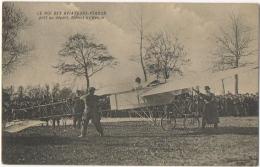 Avion. Le Roi Des Aviateurs. Pégoud Prêt Au Départ, Blériot à L'Hélice. - Aviateurs