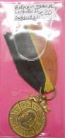 Médaille Décoration Belge 1865-1905 Léopold II Dos Scanné Ruban Frais De Port Inclus Pour Europe En Prioritaire Simple - Medaglie
