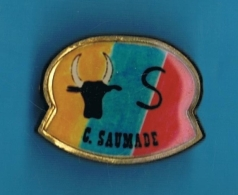 PIN´S //  ** C. SAUMADE ** - Bullfight - Corrida