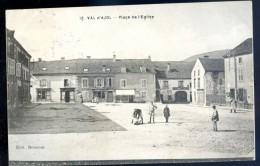 Cpa Du 88  Val D' Ajol  Place De L' église -- Au Dos Cachet Le Général Commandant La 4ème Région     LIOB74 - Non Classés