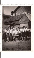 GROUPE C.F.P MOISSONS NOUVELLES 1942 ENFANTS - War, Military