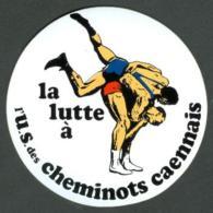 Autocollant Union Sprtive Des Cheminots Caennais Section Lutte -sport Caen - Lutte (Wrestling)