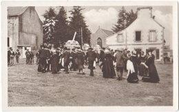 29. Pf. Une Noce En Bretagne. La Ridée. 2 - France