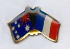 Rare Pin´s L'Anzac Day  Jumelage Robinvale ( Australie ) Villers Bretonneux  Commemoration Bataille De 1918 - Armee