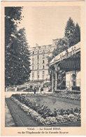 88. VITTEL. Le Grand Hôtel, Vu De L'Esplanade De La Grande Source - Vittel Contrexeville