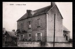 CPA ANCIENNE- COURS (58)- LA MAIRIE ET L'ECOLE AVEC ANIMATION- TRES GROS PLAN - Cosne Cours Sur Loire