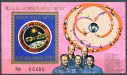 TH_ Guinea Equatorial 1975 Soyuz Apollo Space Cosmos Astronautics Bl. S/S MNH - Space