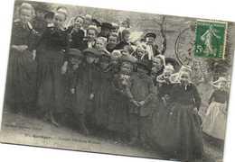 QUIMPER  Groupe D'Enfants Bretons   Recto Verso - Montargis