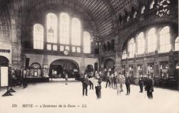Metz - L'intérieur De La Gare - Metz