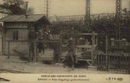 D 93 - EPINAY - GREVE DES CHEMINOTS - Poste D´Aiguillage Gardé - Grèves