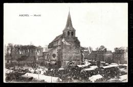 CPA ANCIENNE- AUCHEL (62)- LE MARCHÉ SUR LA PLACE DE L'EGLISE- TRES BELLE ANIMATION- STANDS- - Frankreich