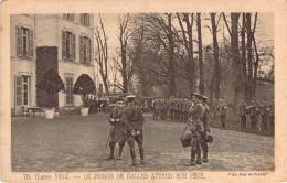 CPA  Guerre 1914 Le Prince De Galles Attend Son Père  (animée)  H608 - War 1914-18