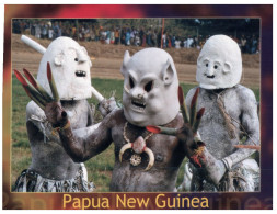 (100) Papus New Guinea Terracotta Warriors (posted From Fiji With Prince George Of Cambridge Stamp At Back Of Card) - Papua-Neuguinea