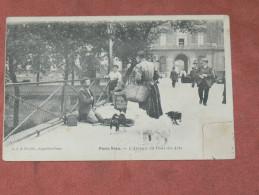 PARIS 1900  SERIE PARIS VECU  L AVEUGLE DU PONT DES ARTS  EDIT   CIRC OUI - Artisanry In Paris