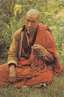 BHUTAN , PU-1978 , A Lama In Deep Prayer - Bhutan