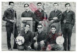 LES HARICOTS ROUGES Signature Sur Photo Promo 10 X 15cm - Autographes