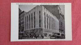 - New York> New York City   New Woolworth Store =====ref 2200 - New York City
