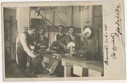 Real Photo  Biel Bienne 1904 Groupe Ingenieur Montage Electrique Experimentation Vers Ricardo Benedicto Aranjuez Espagne - BE Berne