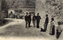 DOUANIERS Français Et Italiens MENTON  Edit. LL - Douane