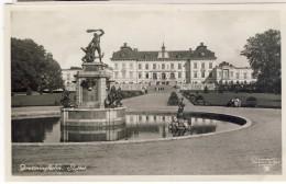 #F890. Sweden 1935-40. Drottningsholm. Castle. Slottet. - Sweden