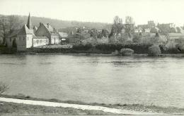 Godinne Le Chateau De Bauchau Et Eglise ( Bints Philippeville - TRES Rare  ) - Yvoir