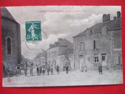 """53 - ST GERMAIN DE COULAMER - RUE ET PLACE - """" BELLE ANIMATION """" - - Francia"""