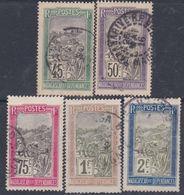 Madagascar N° 105 / 09  O Partie De Série Transport En Filanzane : Les 5 Valeurs Oblitérées Sinon TB - Madagascar (1889-1960)