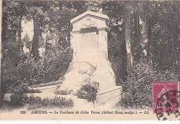 Cp , 80 , AMIENS , Le Tombeau De Jules Verne (Albert Roze, Sculpt.) - Amiens