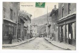 BOURG ARGENTAL  (cpa 42)  Rue De La Gare    Magasins Boutiques - Bourg Argental