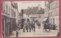 45 CHATILLON SUR LOIRE -Place Du Marché-attelages--animé - Chatillon Sur Loire