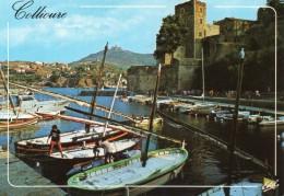 Collioure Le Port  Et Le Chateau - Collioure