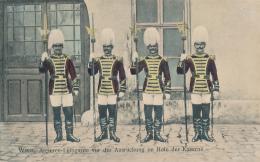 Wien, Arciern-Leibgarde Vor Der Ausruckung Im Hofe Der Kaserne, # W. 82, By B. K. W. I.  - Circa 1910 - Altri