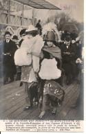 Mode - Femmes Au Chapeau - Jupe - Culotte - Aux Courses D´Auteuil - Paris - Moda