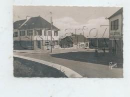 Saint-Nazaire (44) : Le Quartier Central De L´Immaculée Prise Au Niveau Du Café Central En 1950 (animé) PF. - Saint Nazaire