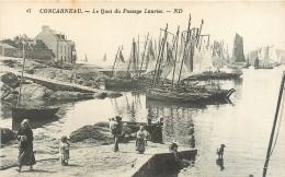 29 Concarneau, Le Quai Du Passage Lauriec, Beaux Bateaux - Concarneau