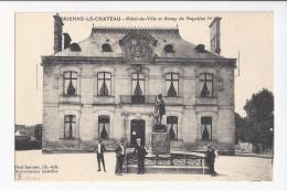 CPA 10- BRIENNE LE CHATEAU - HOTEL DE VILLE ET STATUE DE NAPOLEON 1ER - France
